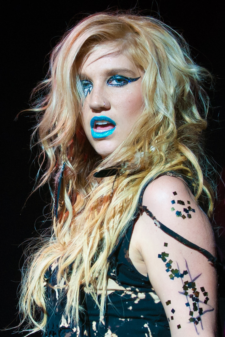 Ke$ha-Shepherds-Bush-Empire.jpg